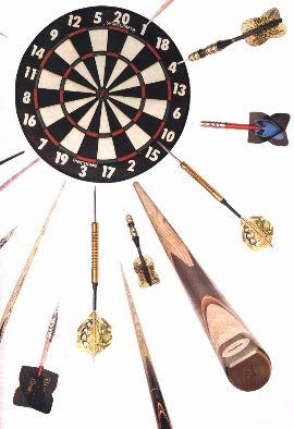 Nice piccy of dartboard, arrows and cues